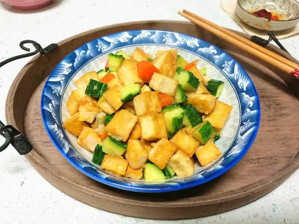 黄瓜豆腐丁怎么煮