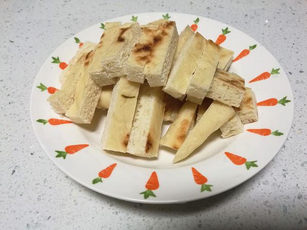 洋白菜炒饼的家常做法