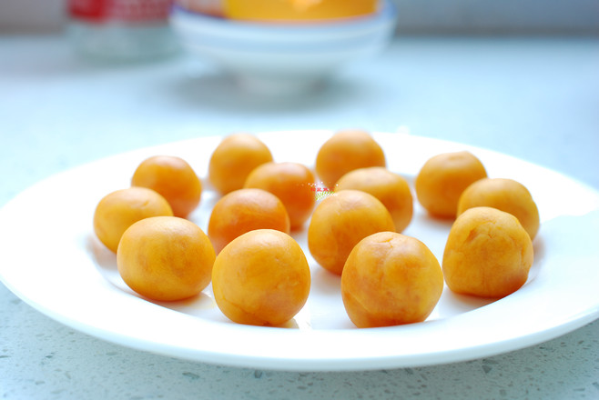 南瓜椰蓉球的家常做法