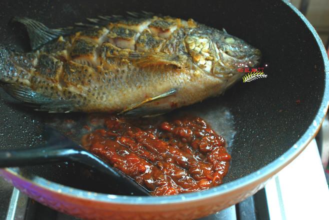酱焖罗非鱼的简单做法