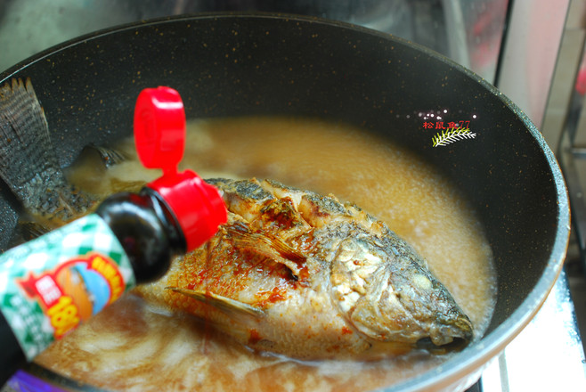酱焖罗非鱼怎么吃