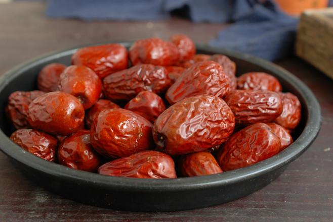 传统大红枣粽子的家常做法