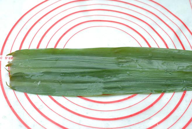 传统大红枣粽子怎么吃