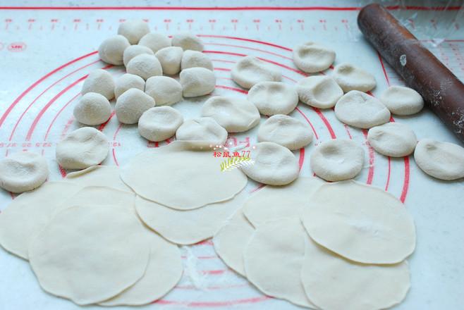 韭菜鸡蛋素饺子怎么做