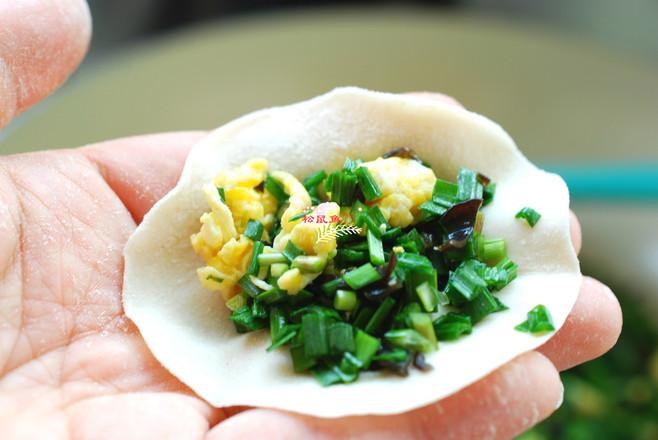 韭菜鸡蛋素饺子怎么炒