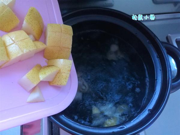 菊花冰糖煮梨水的家常做法