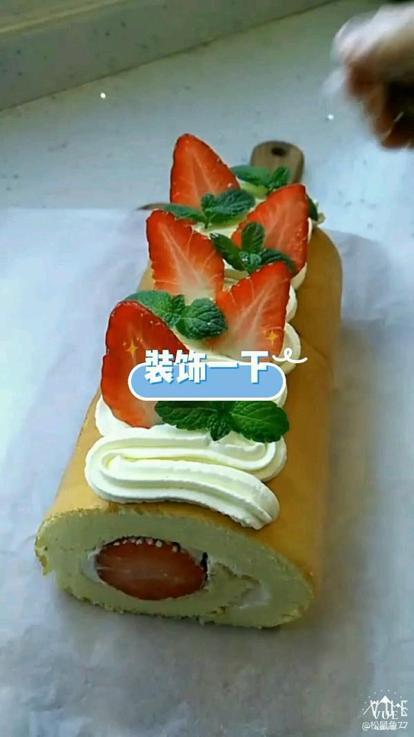 草莓蛋糕卷怎样煸