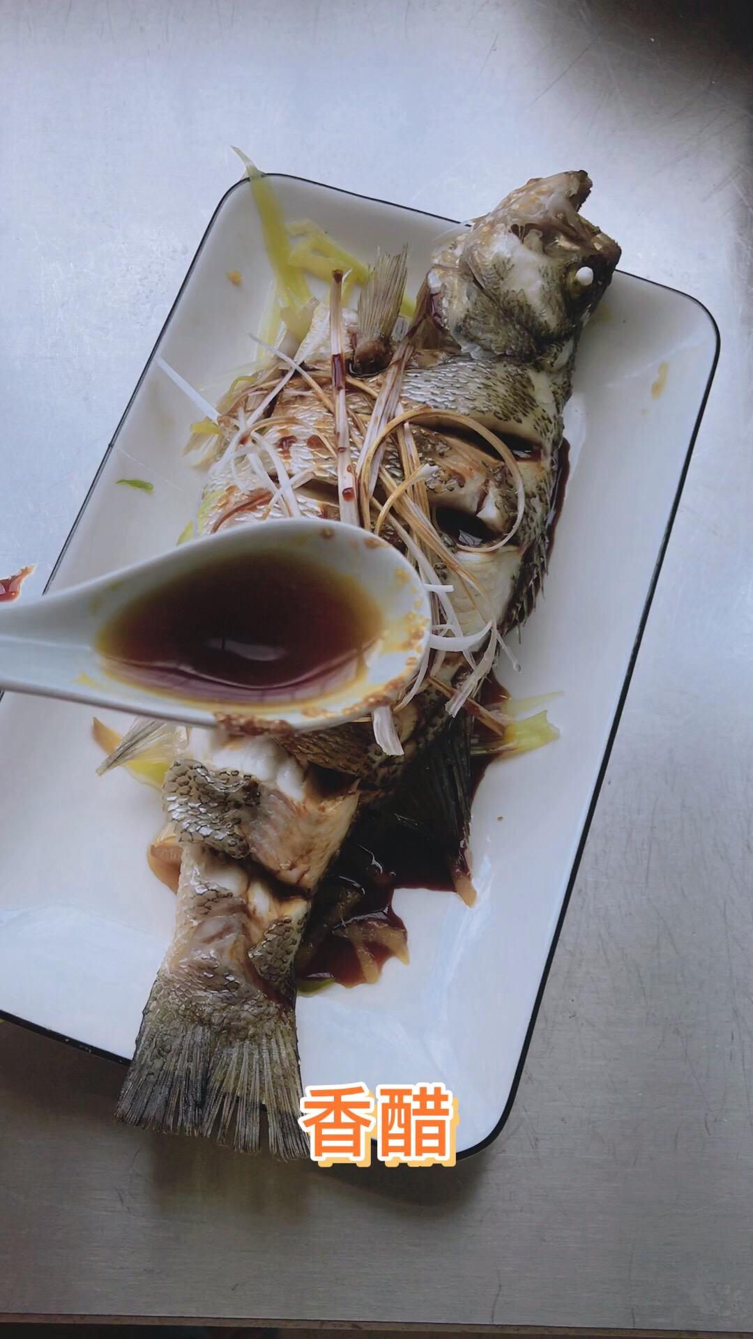 清蒸鲈鱼怎么炒