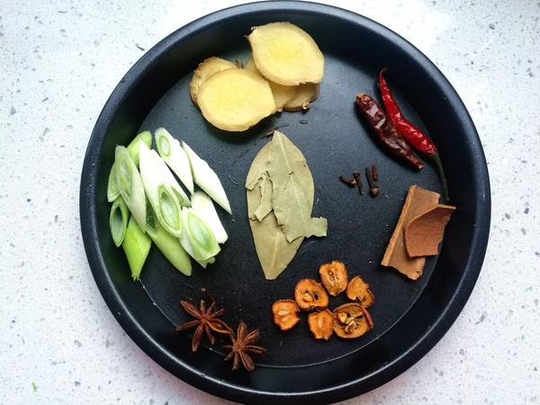 砂锅萝卜炖牛腩#最美不过中秋味#的家常做法