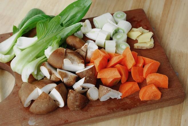 #冬至大如年#薄皮大馅儿,一咬满口香的香菇鸡肉饺子的家常做法