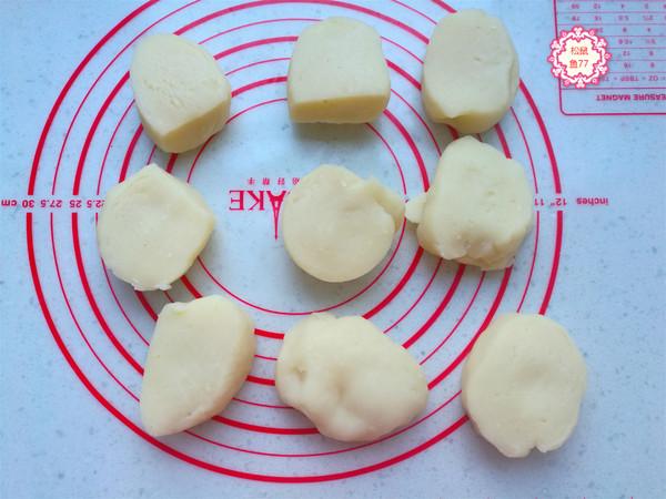 一碗面粉做香脆油炸糕,比买的还好吃的简单做法