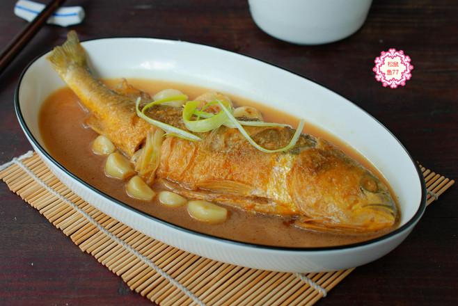 黄花鱼这做法,不粘皮不粘锅,香嫩入味好吃不怕胖怎么煸