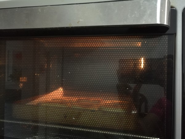 剩馒头烤一烤太香了!一口气能吃三个的简单做法