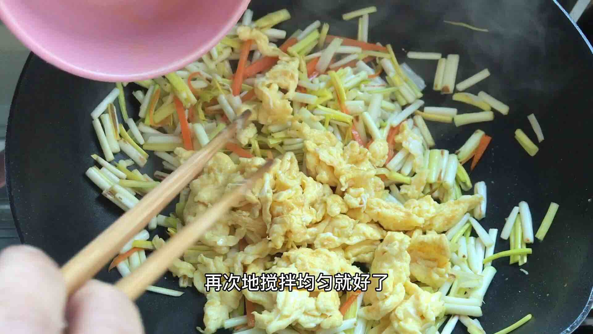蒜黄炒鸡蛋,自带清香,简单又营养,5分钟上桌怎么煮