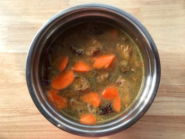 萝卜面藕炖牛肉怎么炒