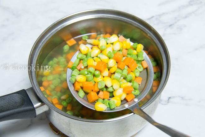 玉米豆角肉末炒饭的简单做法