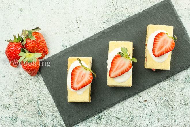 草莓酸奶蛋糕怎样煮