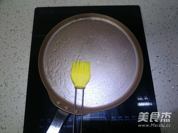 美式炒蛋配经典薄煎饼的家常做法