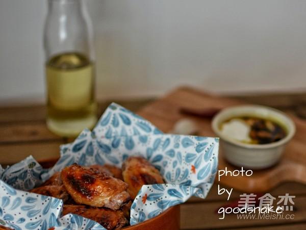 酸奶蜜汁烤鸡翅成品图