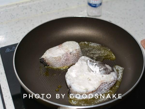 香煎鳕鱼怎样煸