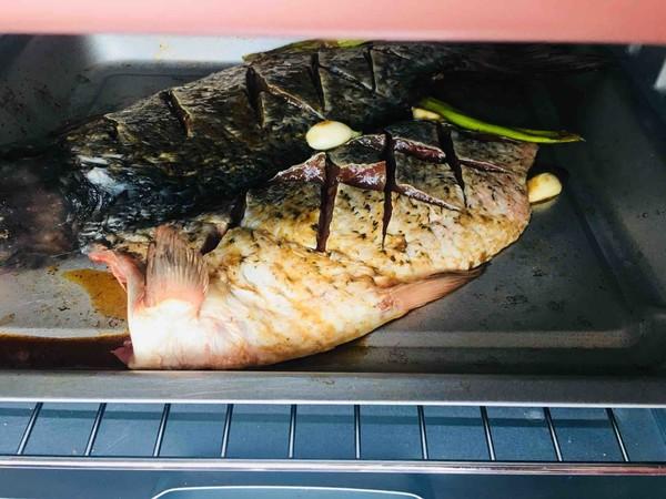 什锦烤鱼怎么吃