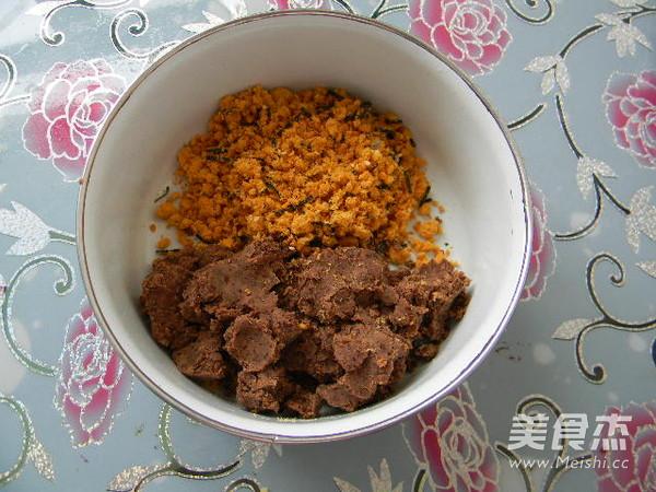 广式豆沙肉松馅月饼的简单做法