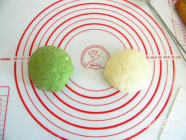 花样面食双色白菜卷的简单做法