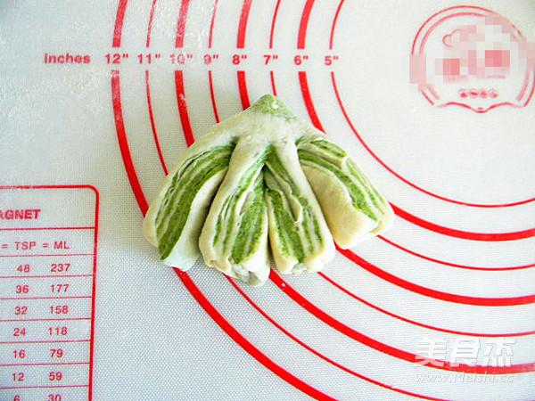 花样面食双色白菜卷怎样煮