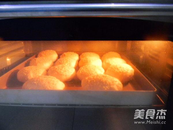 芝麻椰香糖酥饼的做法大全
