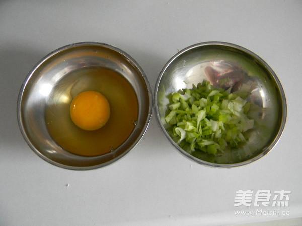 葱香鸡蛋饼的家常做法
