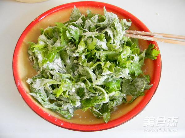 蒜香蒸芹菜叶的家常做法