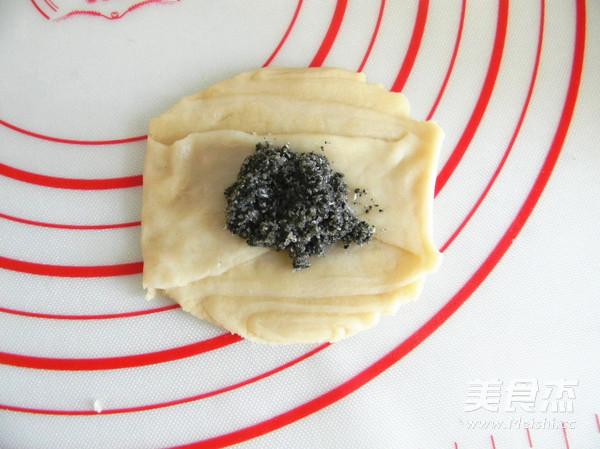 黑芝麻糖椰蓉酥饼怎样煸