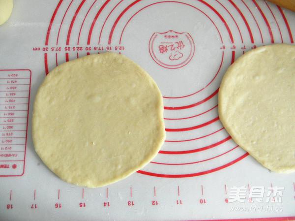 酥粒果酱夹层面包的简单做法