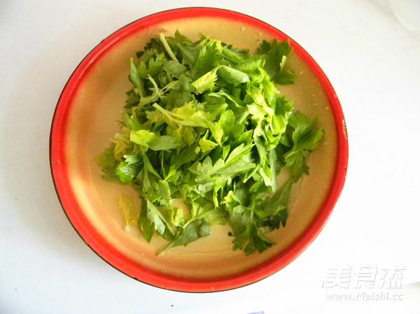 杂面芹菜叶饼的做法大全