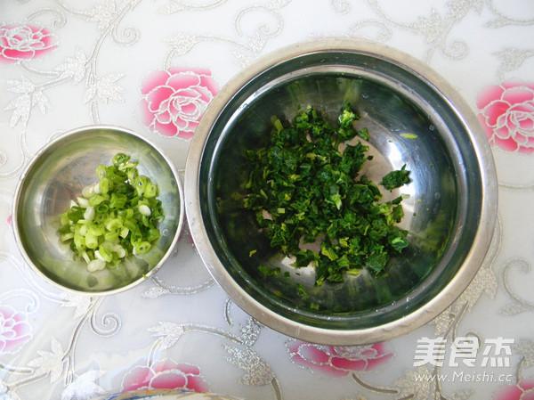 杂面芹菜叶饼的简单做法