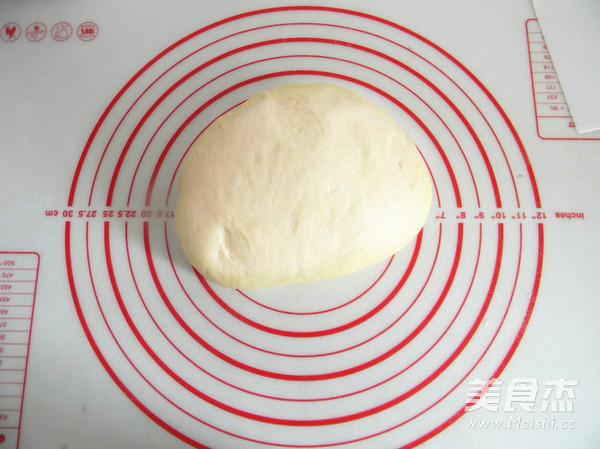 椰香菊花面包的简单做法