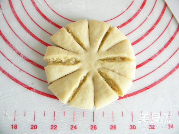 椰香菊花面包怎么煸