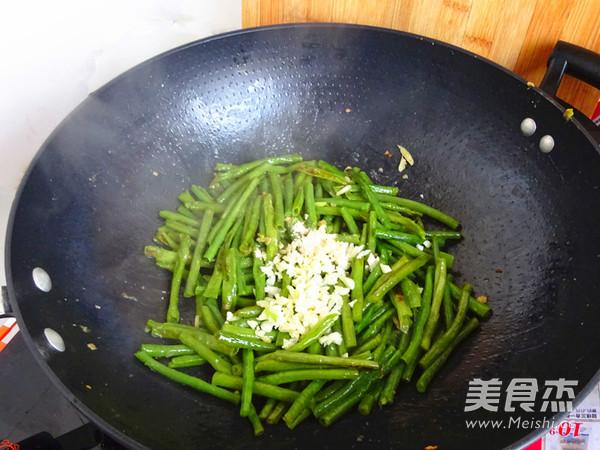 蒜香豇豆怎么炒