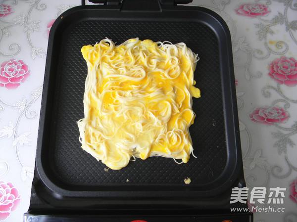 鸡蛋挂面煎饼怎么炖