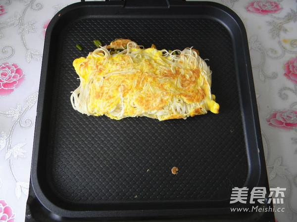 鸡蛋挂面煎饼怎样做