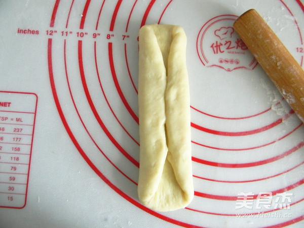 奶油夹心面包怎么吃
