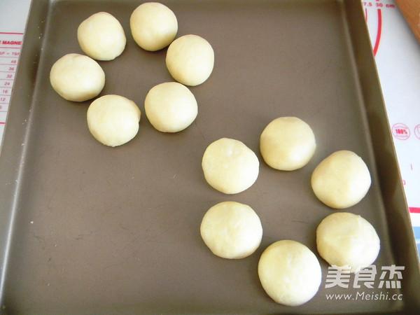 奶香花朵面包怎么做
