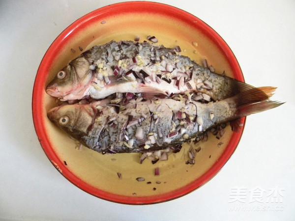 葱香烤鱼怎么吃