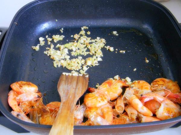 蒜香基围虾的简单做法