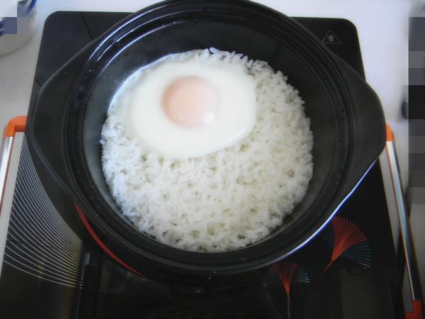 蔬菜鸡蛋焖饭怎么煸