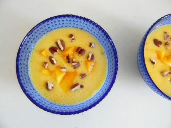 芒果酸奶奶昔怎么做