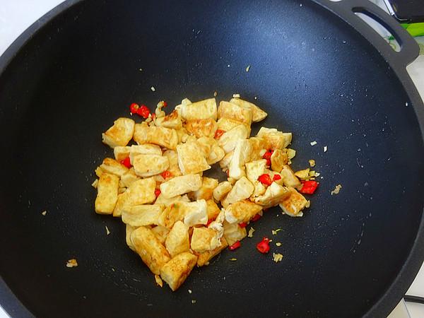 蒜香豆腐怎么炒