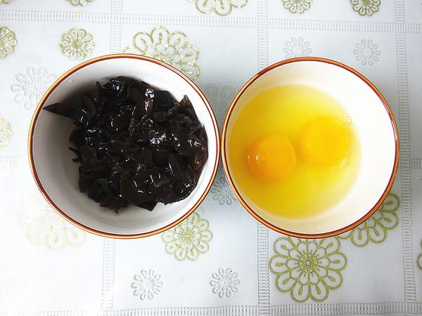 木耳鸡蛋炸酱的做法大全