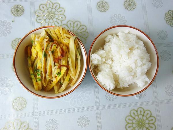 鸡蛋米饭炒饼的做法图解