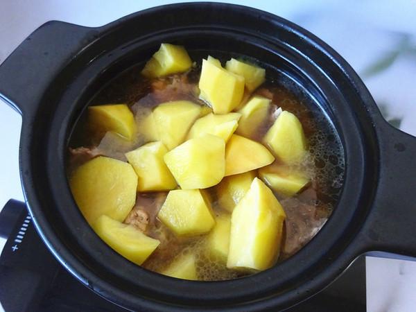 小鸡土豆煲怎么做